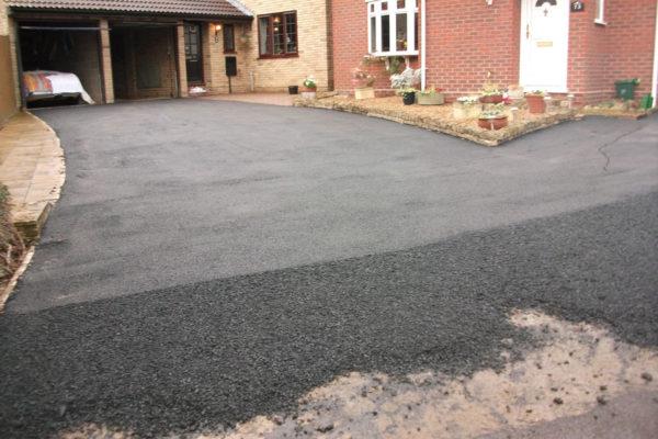 Tarmac-Driveway-Colchester-Maldon-Chelmsford-Essex-Suffolk