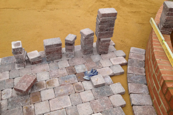 driveways-and-patios-block-paving-tar-and-chip-roofing-brick-walls-essex-colchester-chelmsford-romford-maldon-nb-contracts-IMG_0259