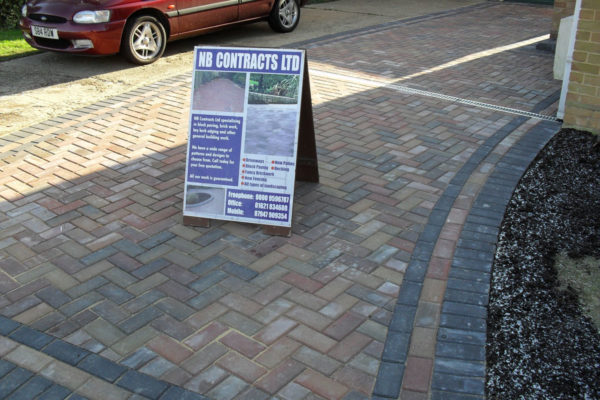 driveways-and-patios-block-paving-tar-and-chip-roofing-brick-walls-essex-colchester-chelmsford-romford-maldon-nb-contracts-SDC10012